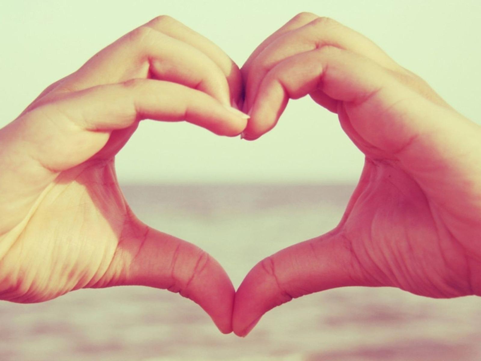 Макро, любовь, сердце, love, чувство, руки, 1600x1200