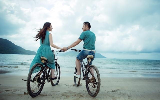 couple-955926_640